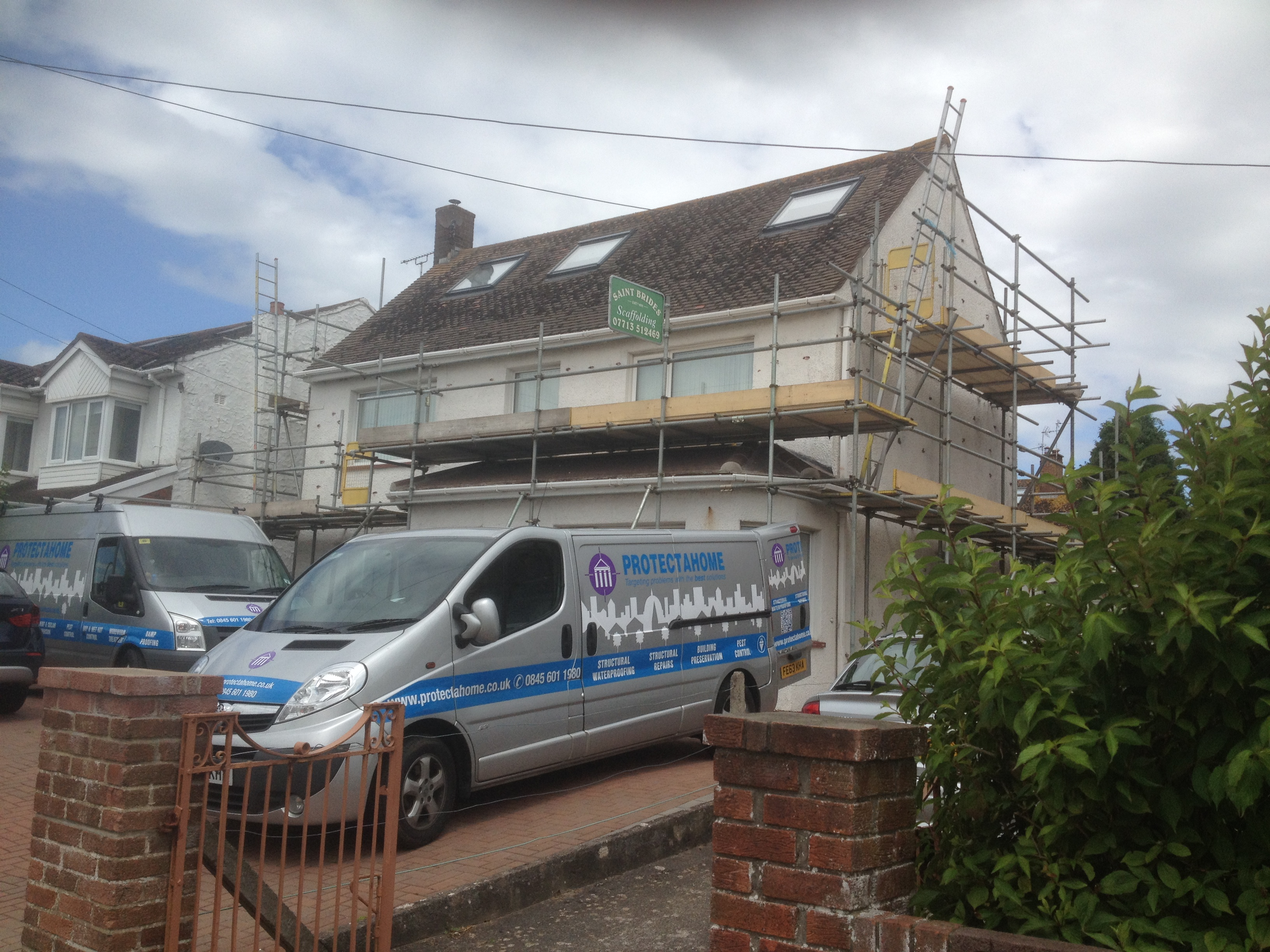 Protectahome Technicians on site installing Helifix DryFix and Cem Ties