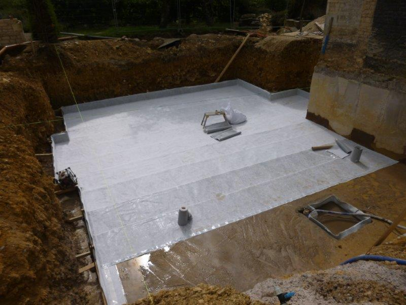 Pre Applied Waterproofing System in progress using Newton Hydrobond (Type A Barrier Protection).